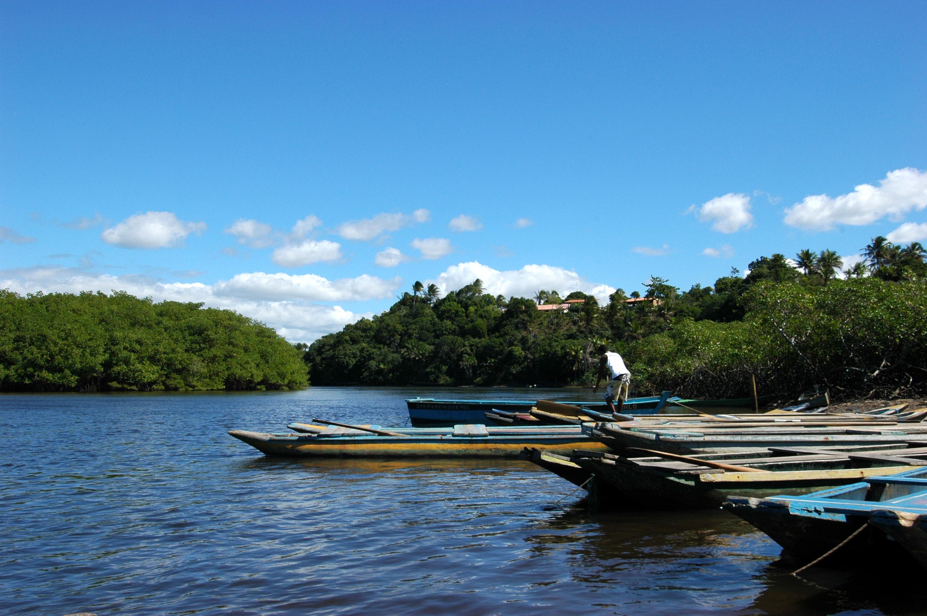 passeios em porto seguro balsa no rio