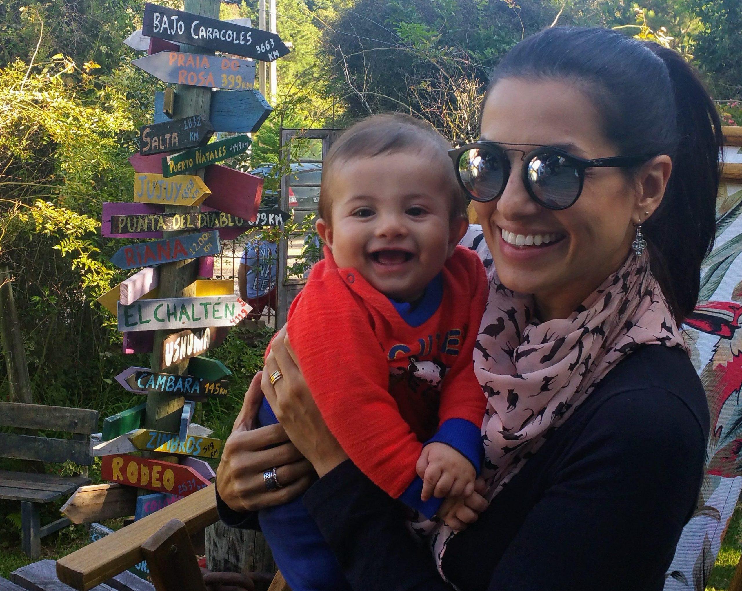 mãe e filho no restaurante barlavento em ana rech