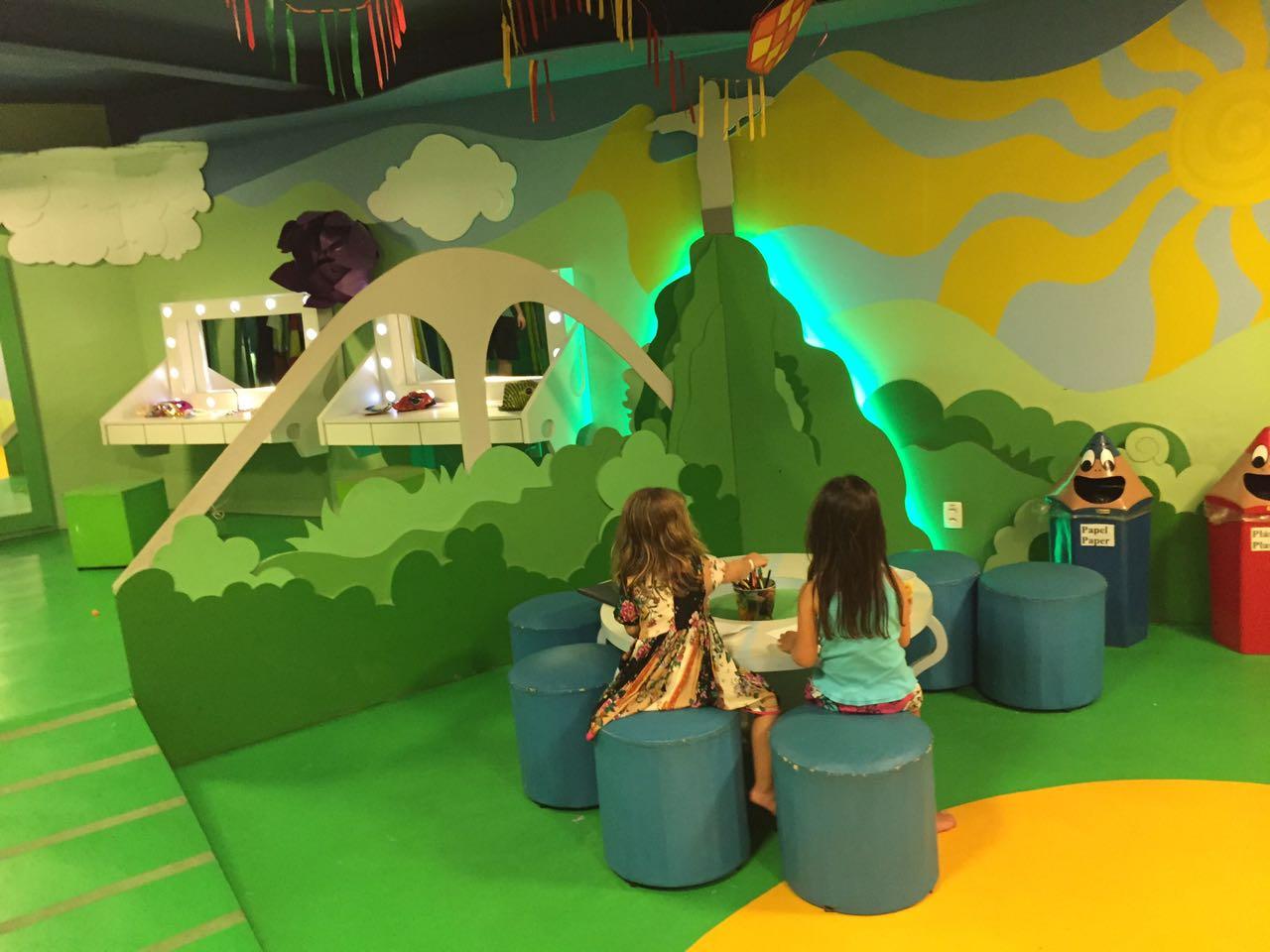 hotel sheraton rio crianças no espaço kids