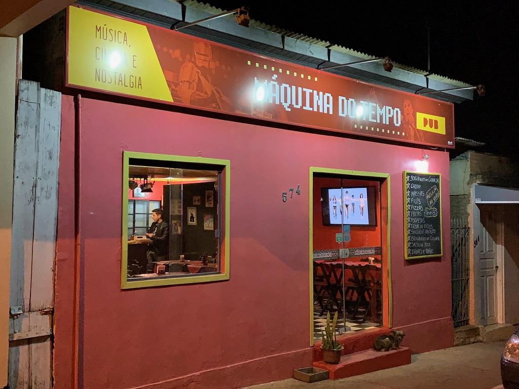 Entrada do Pub Maquina do Tempo em Cambará do Sul