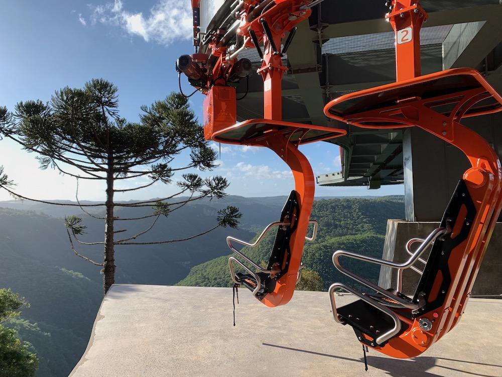 cadeiras suspensas do skyglass
