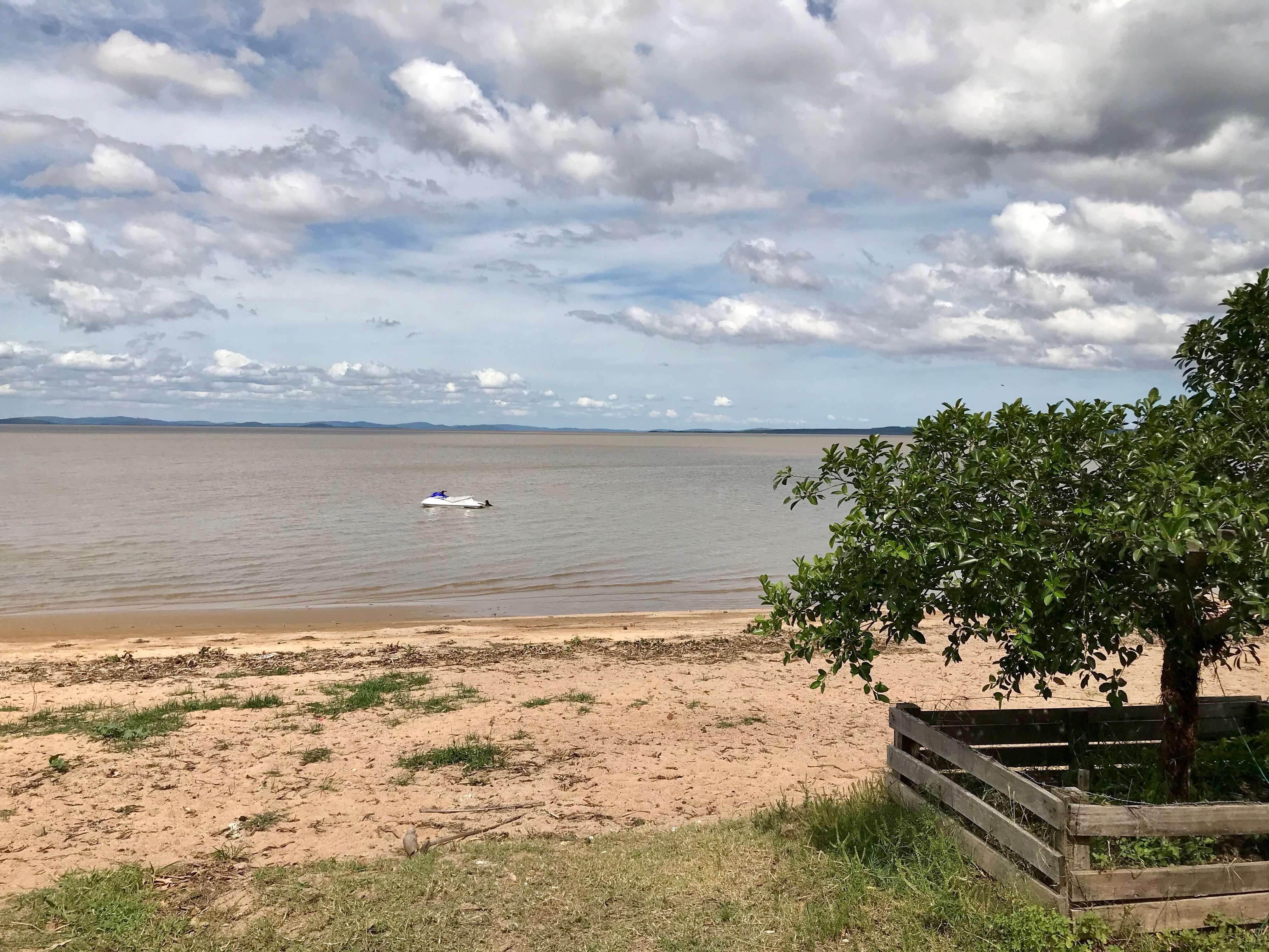 vista do lago guaíba em barra do ribeiro