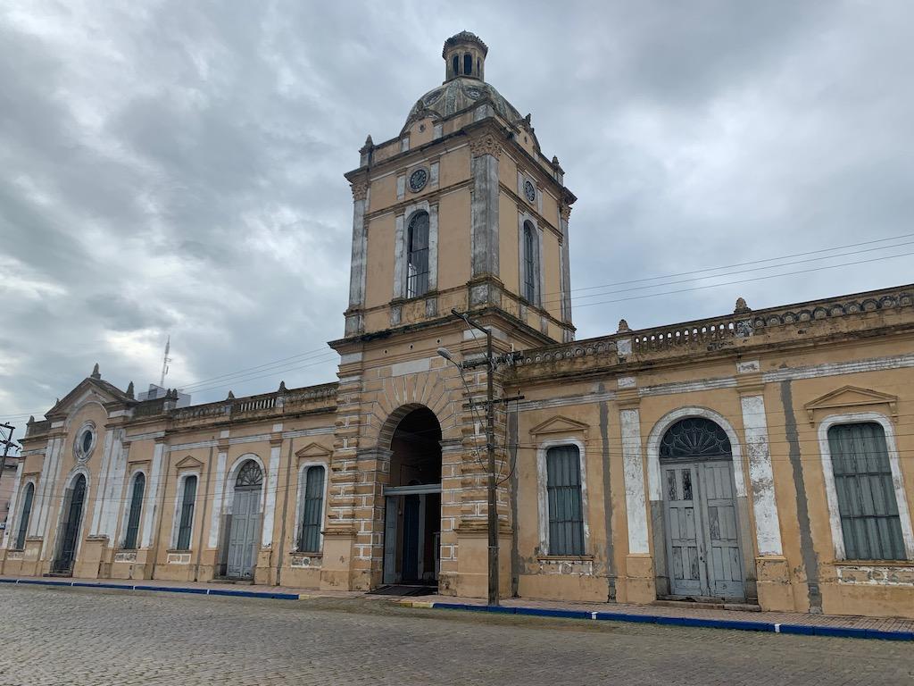 fachada de prédio histórico em rio grande